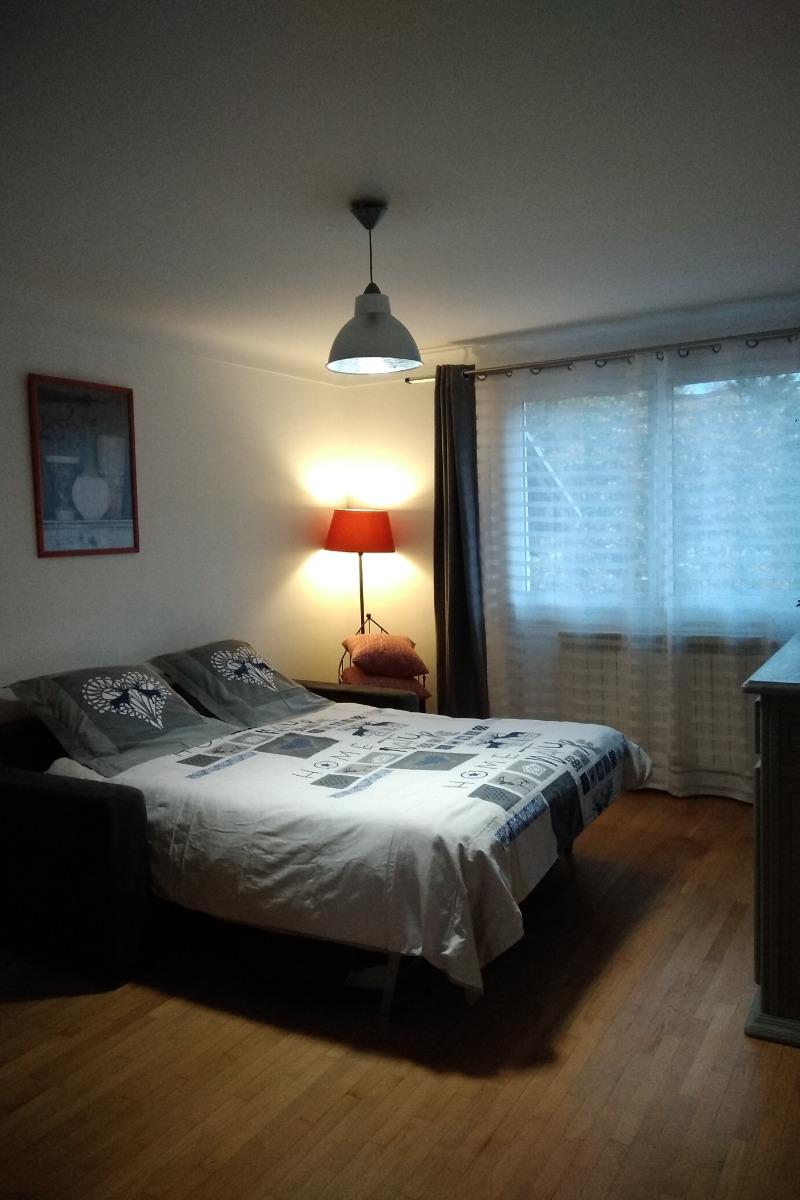 appartement t2 bresson 2 4 personnes proche de grenoble sud location vacances bresson. Black Bedroom Furniture Sets. Home Design Ideas
