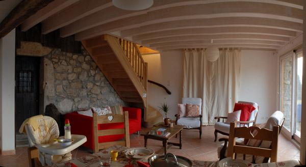Chambre Verte 2 lits de 90cm + 1 lit bébé - Location de vacances - Entre-deux-Guiers