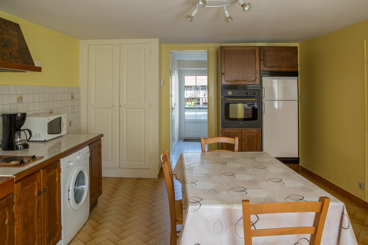 cuisine (autre vue) - Location de vacances - Pontcharra