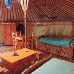 Lit Mongol - Location de vacances - Rives