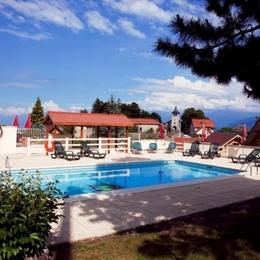 Chalet parc naturel de Chartreuse à Chapareillan (Isère) - piscine commune - Location de vacances - Chapareillan