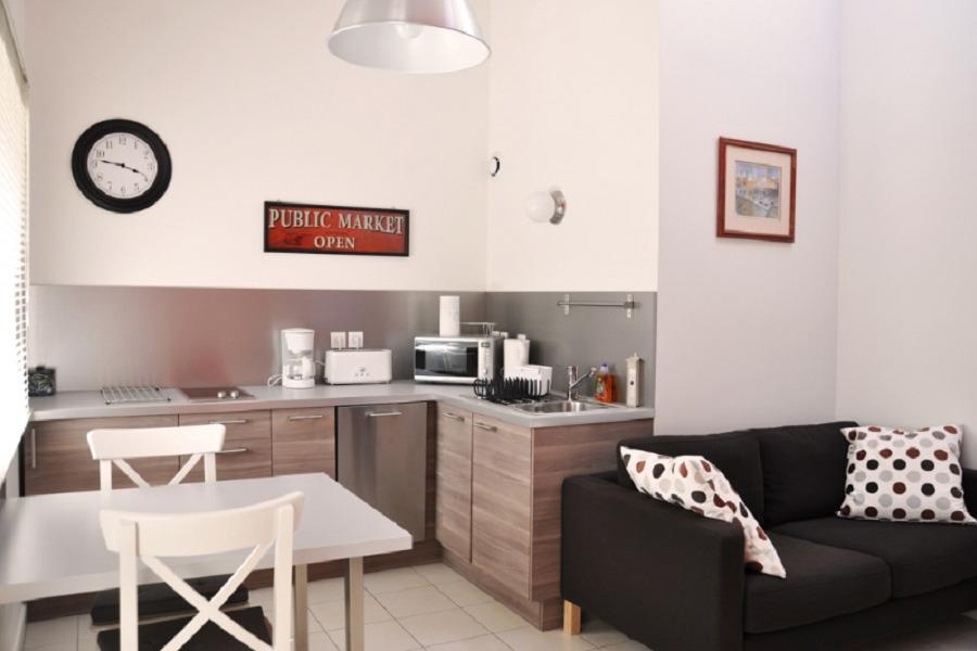 Joli appartement à Crémieu cité médiévale - 20 km aéroport Lyon St Exupéry - Location de vacances - Crémieu