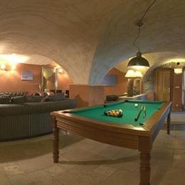 Chalet Alpe d'Huez - idéal pour vacances en famille - salon avec billard - Location de vacances - Huez
