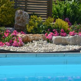 Gîte pour 2 personnes avec piscine cadre calme en Isère - Location de vacances - Moidieu-Détourbe