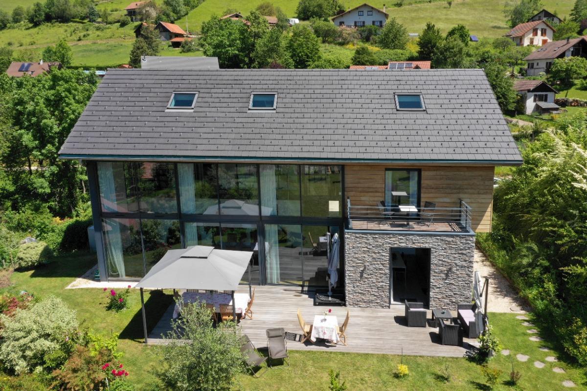 Maison vue du ciel - Chambres d'hôtes contemporaine massif de Belledonne proche de Grenoble et station thermale d'Uriage - Chambre d'hôtes - Revel
