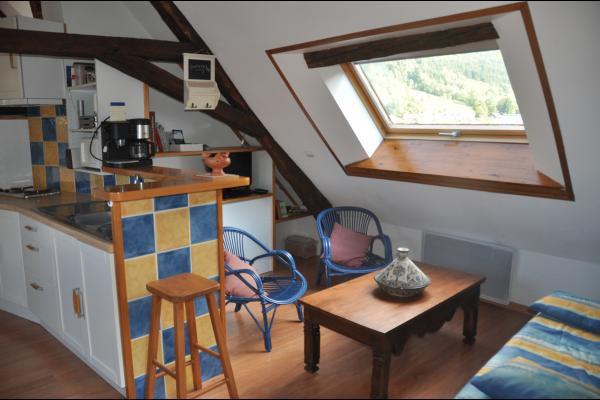salle à manger - Location de vacances - Saint-Mury-Monteymond