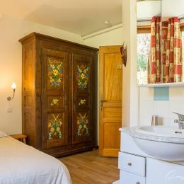 grande chambre rez de jardin - Location de vacances - les Deux Alpes