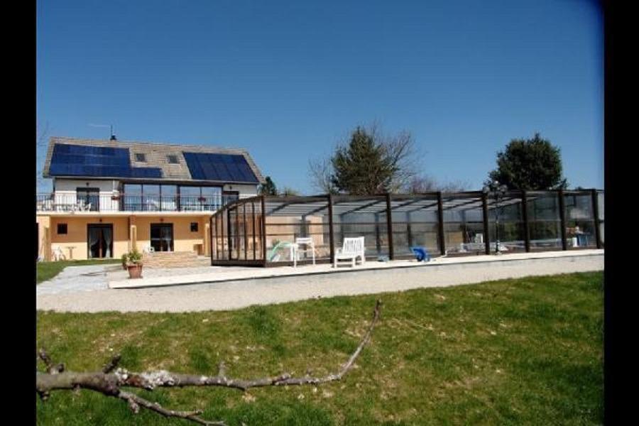 Chambres d'hôtes entre Lyon et Grenoble vers Bourgoin Jallieu - Chambre d'hotes avec piscine - Chambre d'hôtes - Meyrié