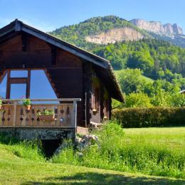 Joli chalet de 40m2 au calme, exposition plein sud - Chambre d'hôtes - Le Sappey-en-Chartreuse