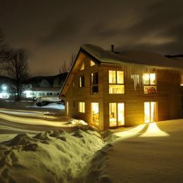 Chalet ossature bois à Autrans Vercors - Nuit d'hiver - Location de vacances - Autrans