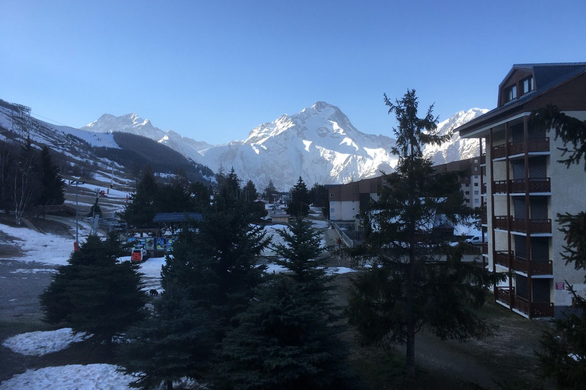 Vue du balcon sur la Muzelle l'hiver - Location de vacances - les Deux Alpes