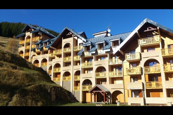 façade Le Pluton - Location de vacances - les Deux Alpes