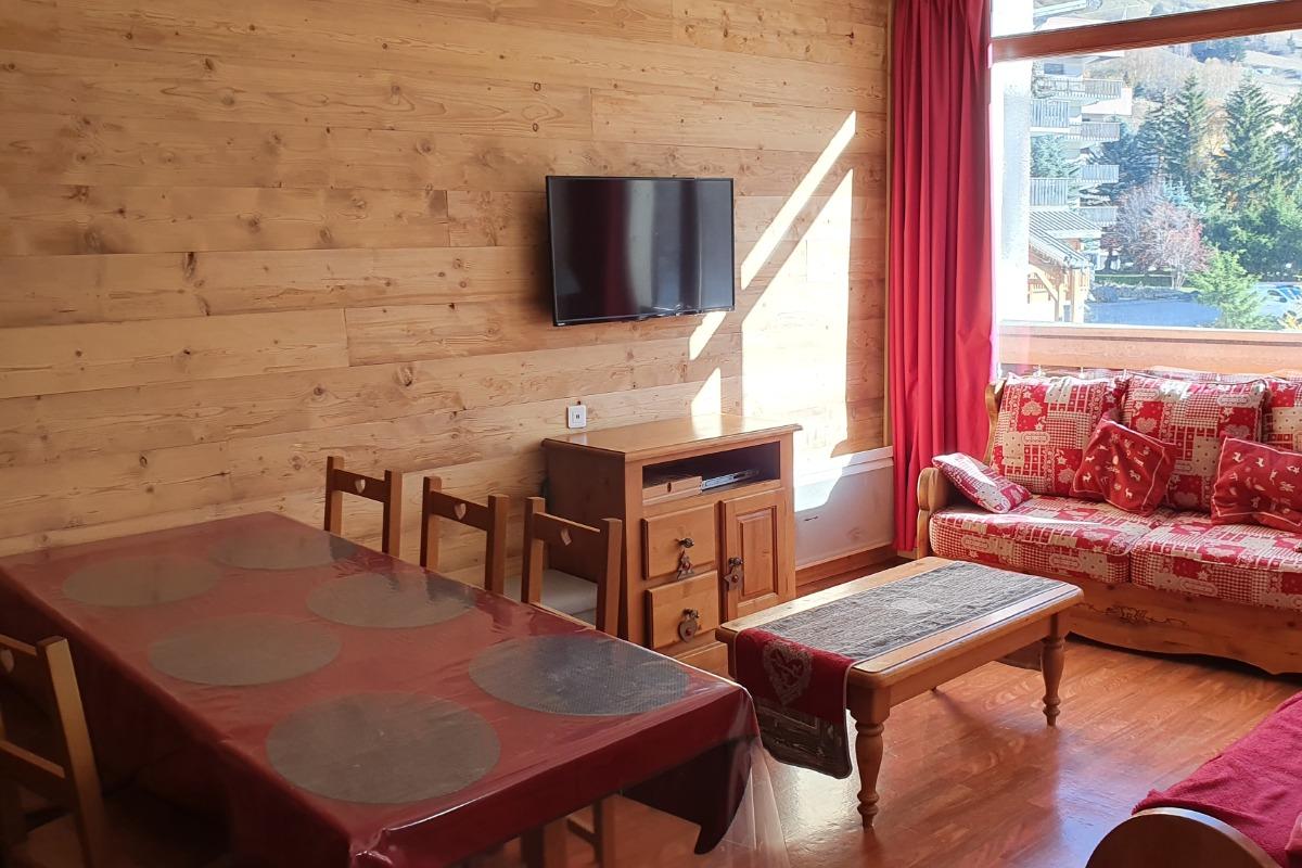 Appartement aux Deux Alpes - Salon avec canapé 2 lits Gigognes - Location de vacances - les Deux Alpes