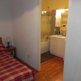 Cabine lit double  + Salle de bain - Location de vacances - les Deux Alpes