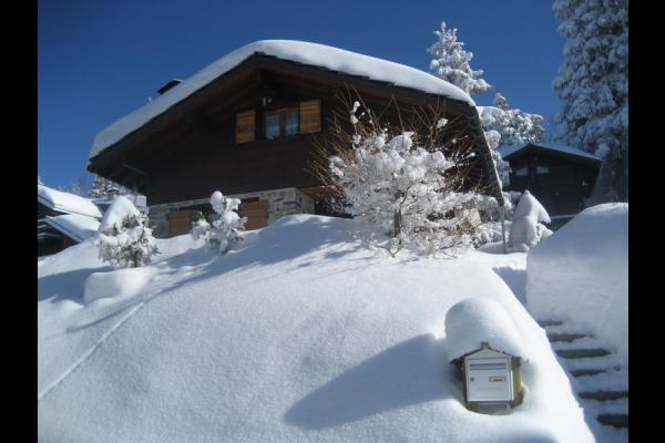 Location du chalet en hiver situé à Chamrousse en Isère - Location de vacances - Chamrousse