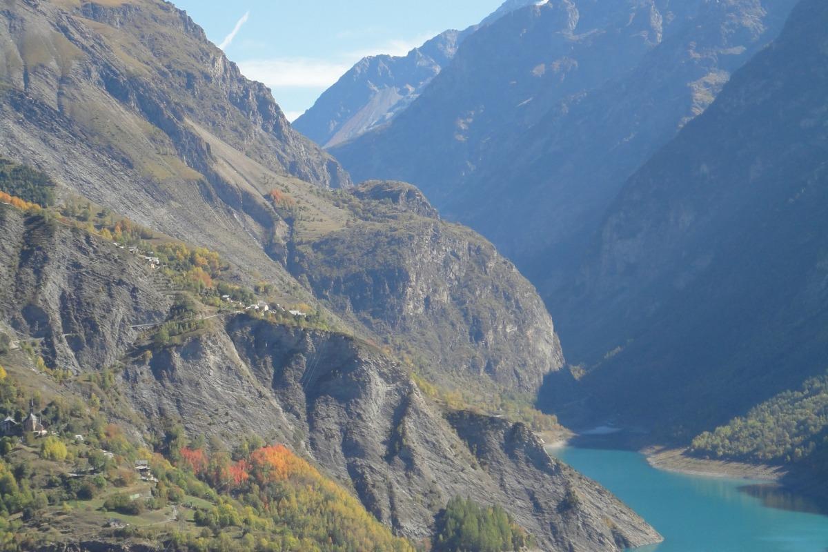 Gite avec vue imprenable proximité stations de ski de l'Oisans (Isère) - barrage du Chambon vue du gîte - Location de vacances - Le Freney-d'Oisans