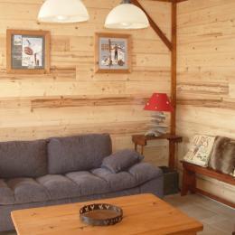 Gite avec vue imprenable proximité stations de ski de l'Oisans (Isère)- salon - Location de vacances - Le Freney-d'Oisans