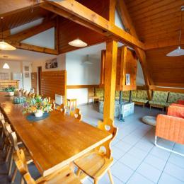 5 chambres avec salles de bain (douche) privatives / 4 autres chambres avec salles de bain baignoire - Location de vacances - Oz