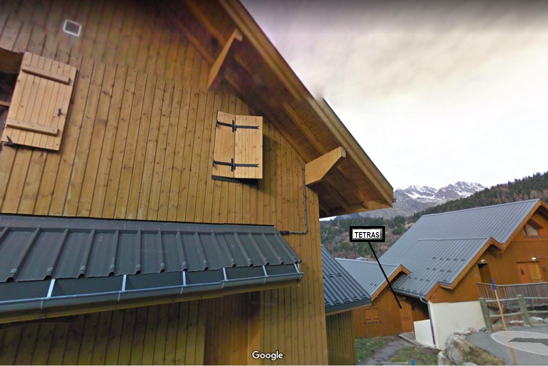 Entrée Chalet Tetras en contre bas Route de Pré-Genty - Chalet 3 niveaux - Location de vacances - Oz