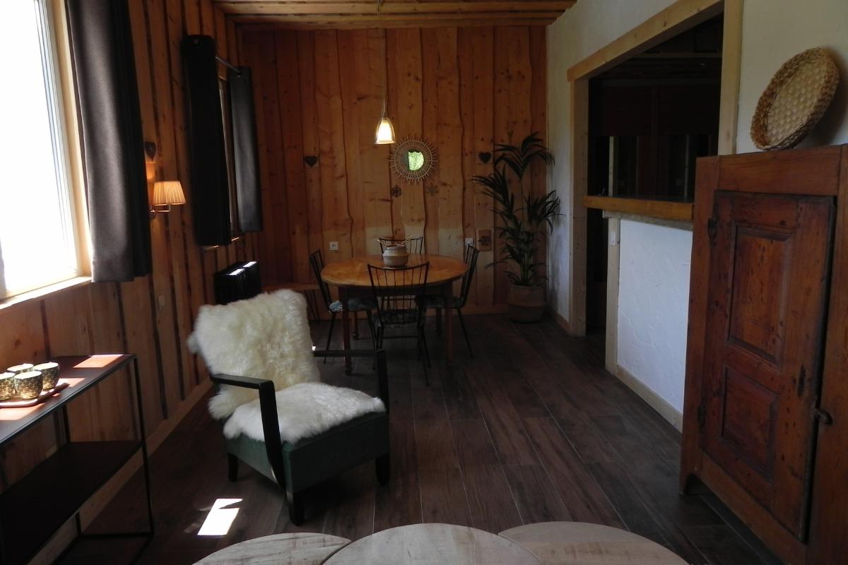 Coin repas - Chambre d'hôtes - Le Sappey-en-Chartreuse