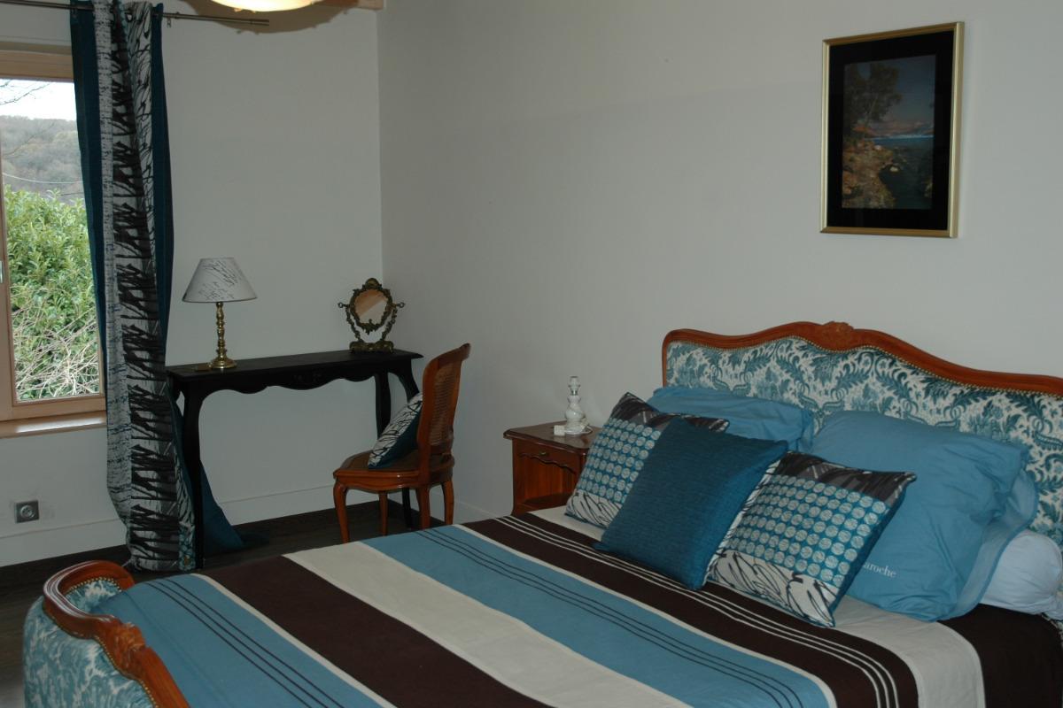 - Chambre d'hôtes - Sermérieu