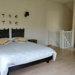 lit 160 à l'étage du duplex - Location de vacances - Saint-Lattier