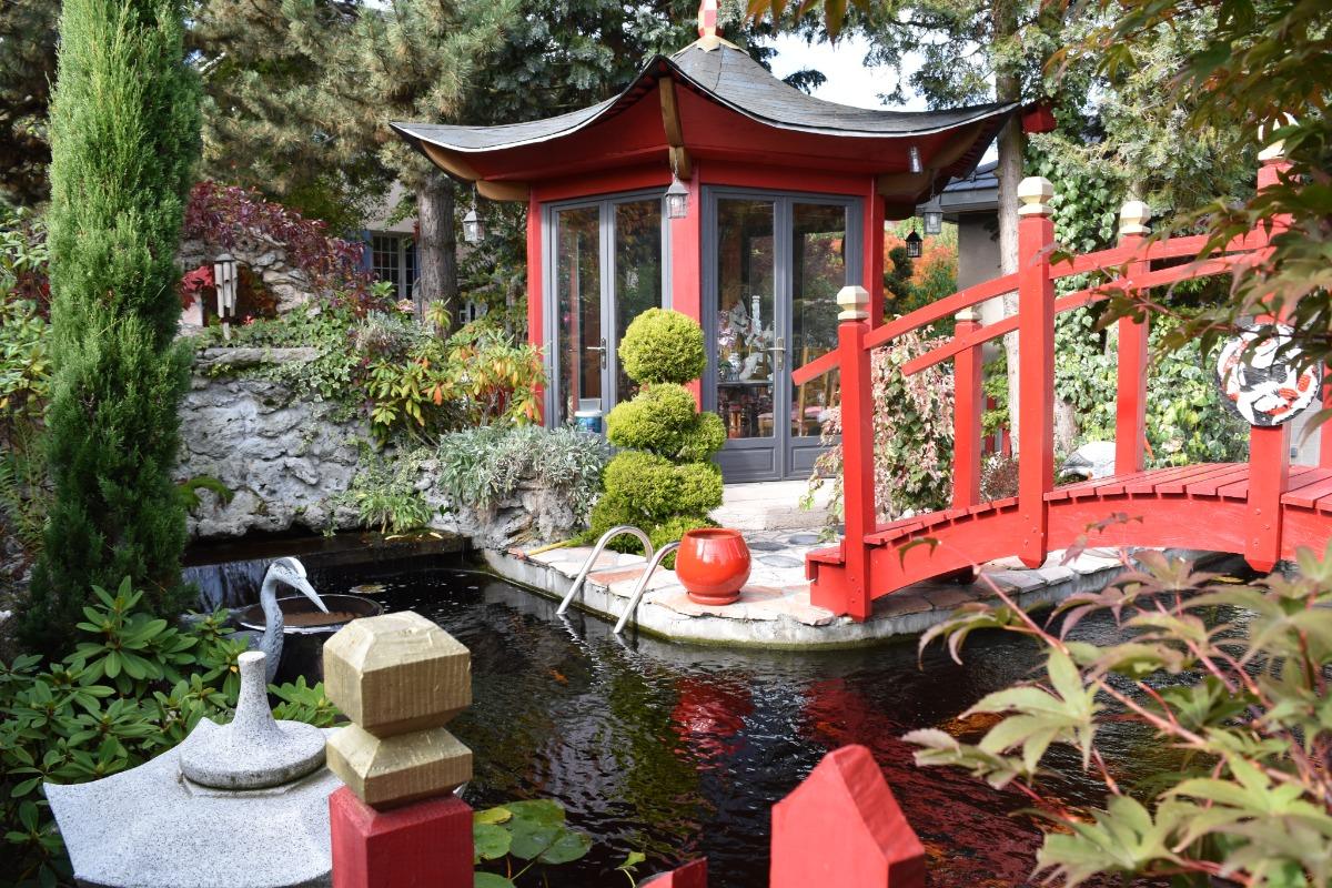 Pont avec la maison de thé  - Location de vacances - Pierre-Châtel