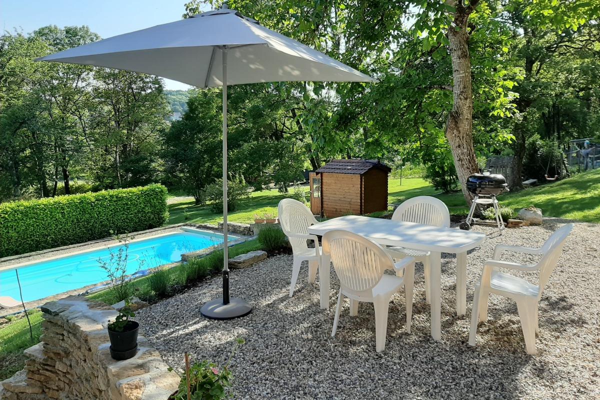 terrasse  - Location de vacances - Dizimieu