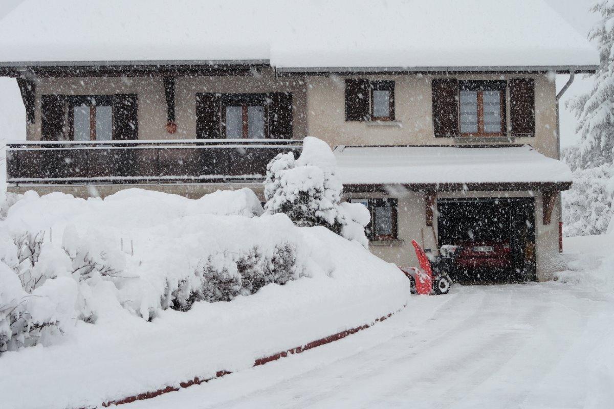 tombe la neige - Location de vacances - Les Rousses