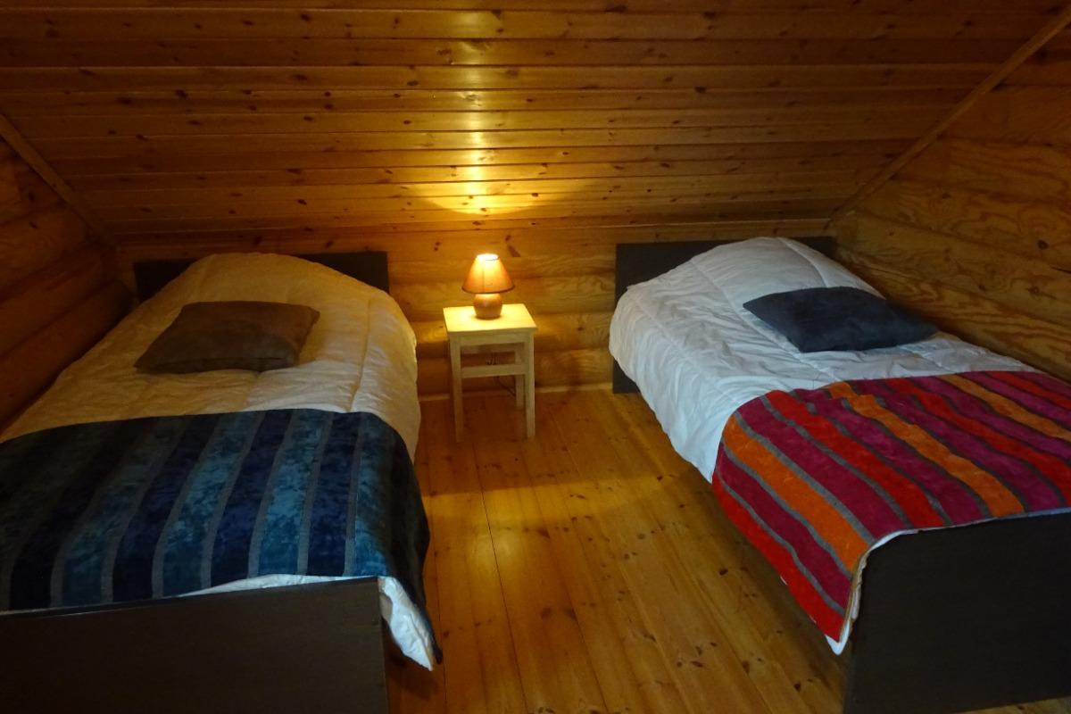 Chalet Haut Jura - chambre 2 lits 90
