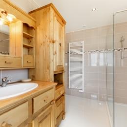Gite Le Charme Chambre 1 - Location de vacances - Les Moussières