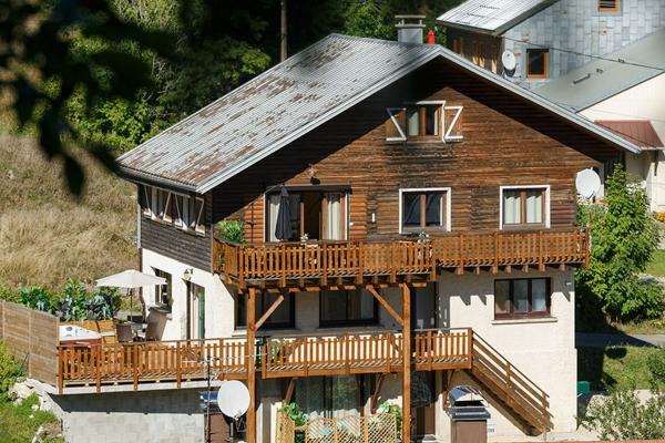 Gite Le Mélèze espace de vie - Location de vacances - Les Moussières