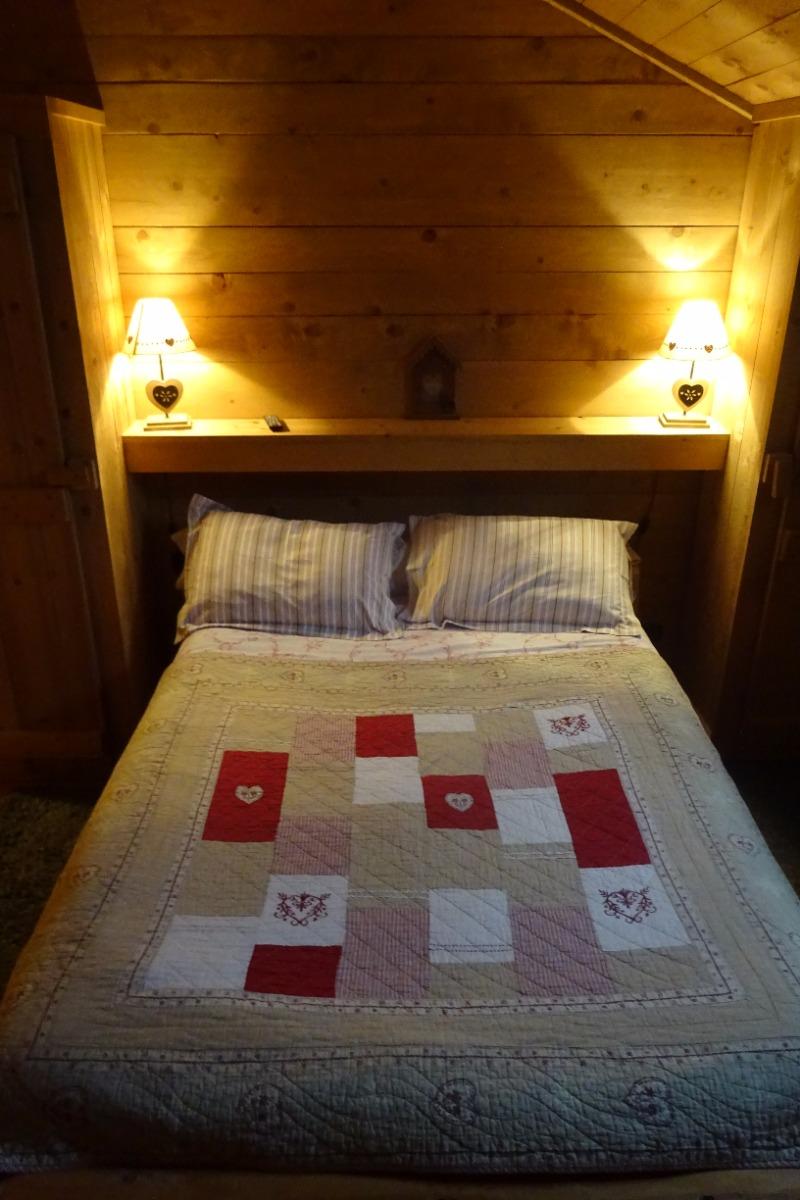 Chambres d\'hôtes style chalet dans une ferme rénovée du Jura ...