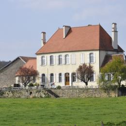 Chateau de Romange Jura Chambres d'hôtes - Chambre d'hôtes - Romange