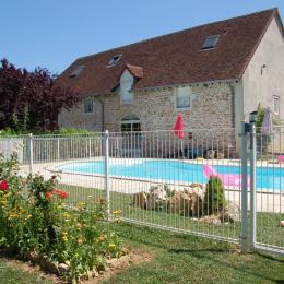 Chambres d'hôtes avec piscine dans le Jura - Chambre d'hôtes - Maynal