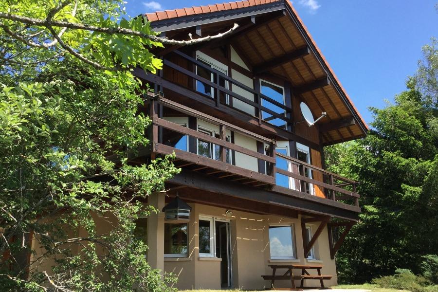 le CHALET face SUD  enneigé un matin d'HIVER  ensoleillé  - Location de vacances - Foncine-le-Haut