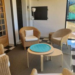 Le salon qui peut faire chambre - Location de vacances - Marigny