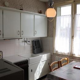La chambre équipée de 2 lits - Location de vacances - Clairvaux-les-Lacs