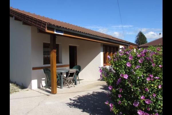 Gite dans le Jura - Location de vacances - Pont-de-Poitte