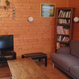 Le salon - Location de vacances - Doucier