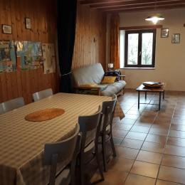 Le coin salon - Location de vacances - Marigny