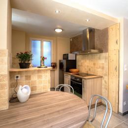 salon vue chambre terrasse - Location de vacances - Salins-les-Bains