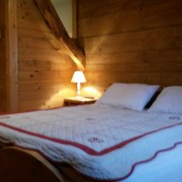 Chambre à pallier - Location de vacances - Charcier