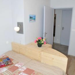 chambre pour 2 personnes lits de 90 rapprochables - Location de vacances - Salins-les-Bains