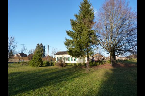 Jardin - Location de vacances - Doucier