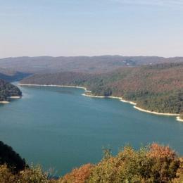 Gîte dans le Jura - Lac de Vouglans - Location de vacances - Crançot