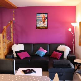 Logement au centre des Rousses - coin salons / séjour - Location de vacances - Les Rousses