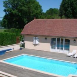 La maison avec la piscine couverte - Location de vacances - Marigny