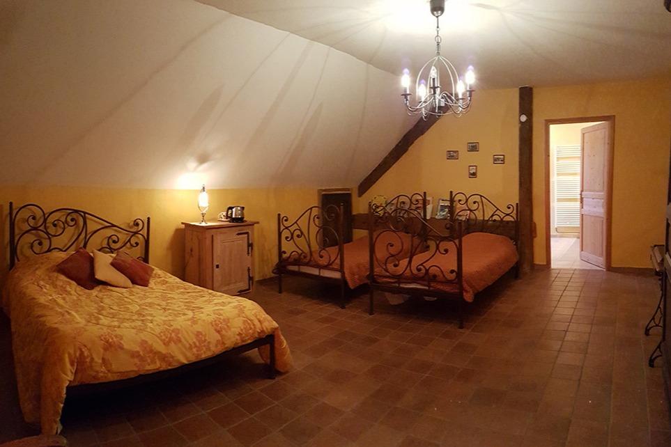 Chambre Grande Ourse - Chambre d'hôtes - Grozon