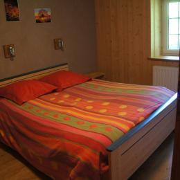 La grande chambre du Haut - Location de vacances - Foncine-le-Haut